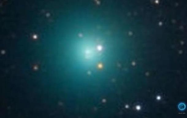 До Землі летить комета з газовою хмарою, що вдвічі більша за Юпітер