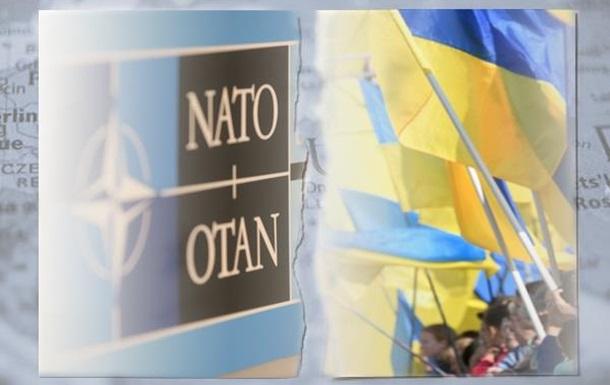 Призрачная идея членства в НАТО работает на раскол Украины