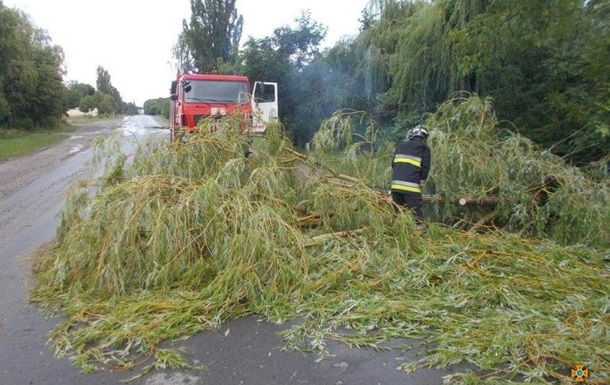 На западную Украину обрушился ураган