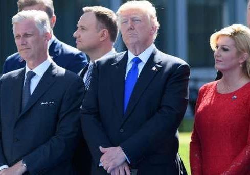 Догоните и перегоните Америку! : Трамп убедил НАТО даже без ботинка