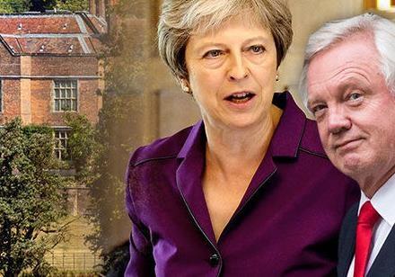 Британія на роздоріжжі. Повстання проти Мей?