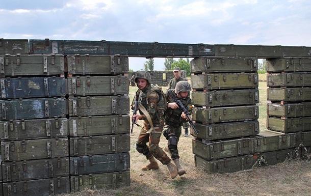 Нацгвардейцы тренируют военных из Молдовы
