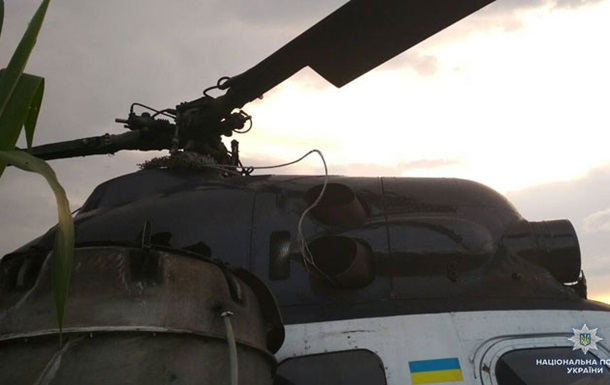 На Чернігівщині вертоліт врізався в ЛЕП