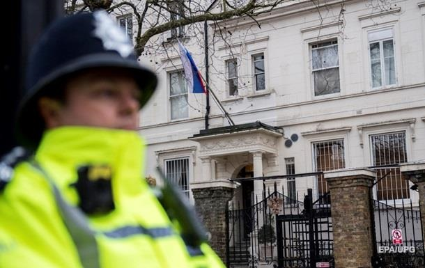 Британія запідозрила ГРУ в отруєнні Скрипалів