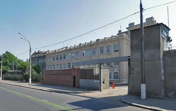 Из колонии в Одессе сбежали трое заключенных