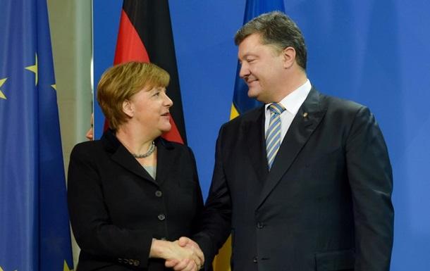 Порошенко в соцмережі привітав Меркель з днем народження