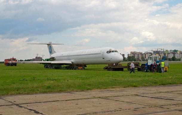 Украинские авиакомпании эксплуатируют 35 старых самолетов