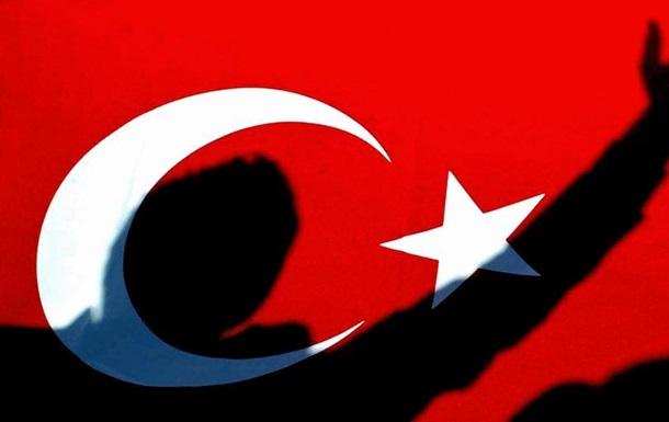 У Туреччині спливає термін дії режиму надзвичайного стану