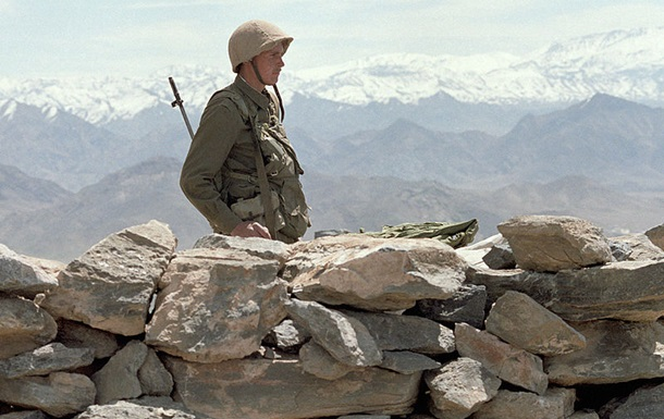 Афганський посол закликав РФ перепросити за введення радянських військ