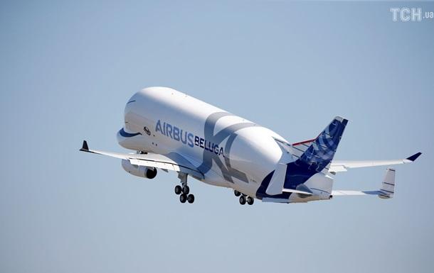 Літак-кит  Beluga XL вперше піднявся в небо
