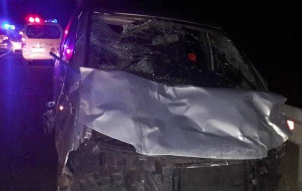 У Молдові авто влетіло у віз, загинуло троє дітей