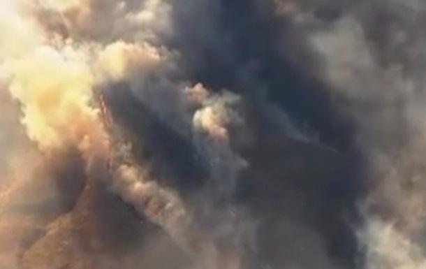 В США пожаром уничтожен лес