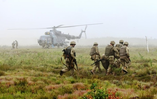 НаДонбассе ранен украинский военный