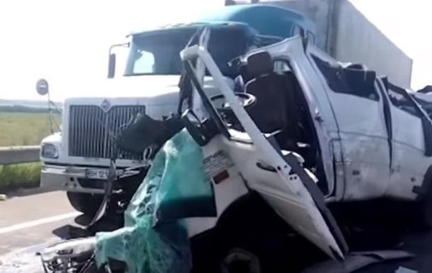 ДТП в Николаевской области: водителю фуры сообщили о подозрении
