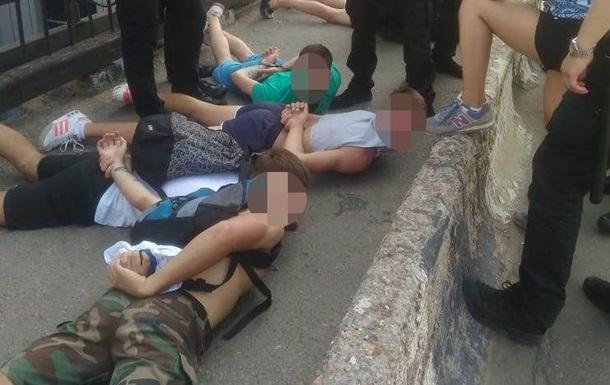 Бійка фанатів в Одесі: 14 осіб затримано