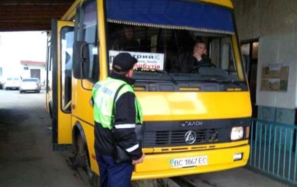 В Украине два дня усиленно проверяли перевозчиков