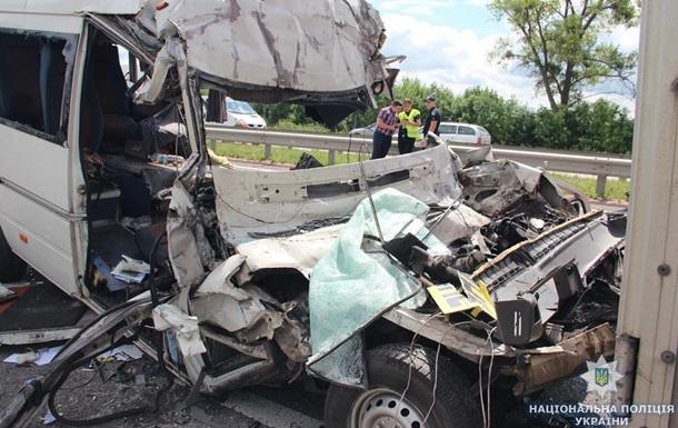 ДТП на Житомирщині: маршрутка була несправною