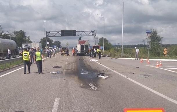 Названа причина ДТП на Житомирщині з 10 жертвами