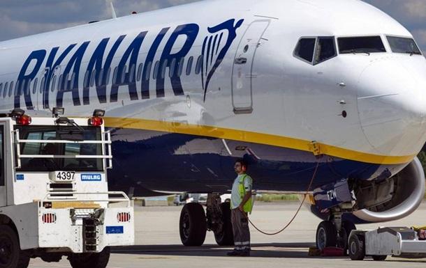 Ryanair скасувала 300 авіарейсів через страйки