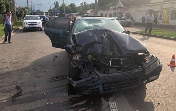 У Черкасах автомобіль на смерть збив матір з дитиною