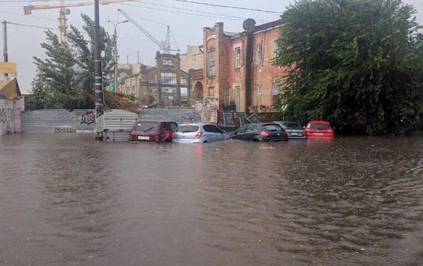 Влада Києва виправдалася за потоп у столиці