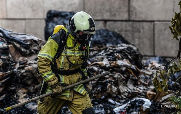В Лондоне горит жилой дом, идет эвакуация