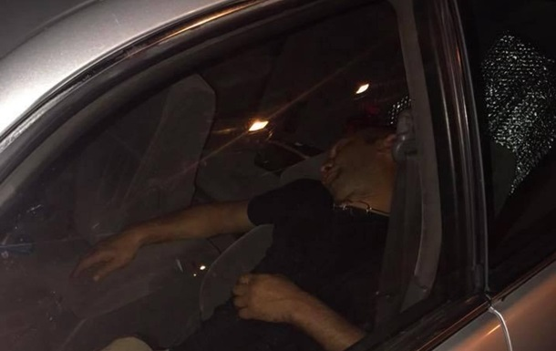 В машину одесситки залез вор и уснул