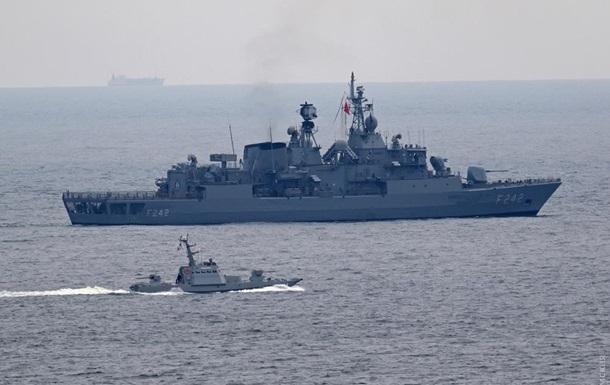 Кораблі України і НАТО вийшли з Одеси на навчання