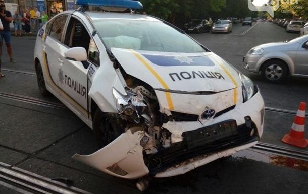Кожне шосте авто поліції розбите в ДТП
