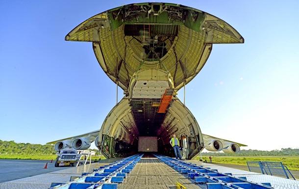 Український літак виконав найбільший проект з перевезення вантажів