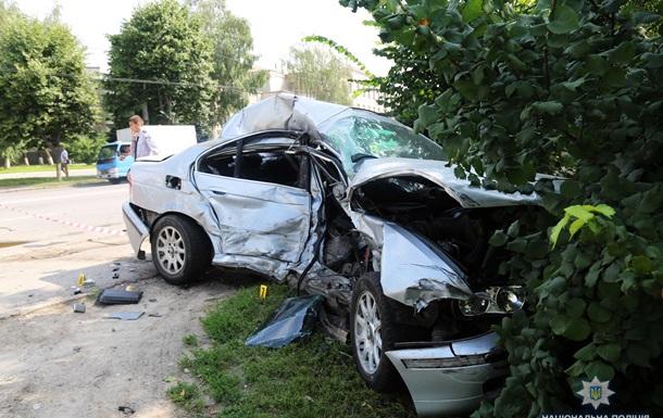 У Вінниці зіткнулися чотири авто, є жертви
