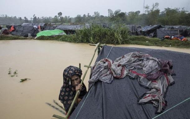 У М янмі через зливи тисячі людей залишили домівки