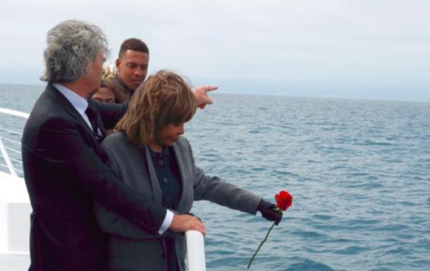 Тіна Тернер розвіяла прах сина над океаном