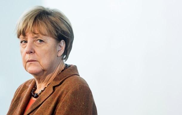 Рейтинг блоку Меркель упав до мінімуму за 12 років