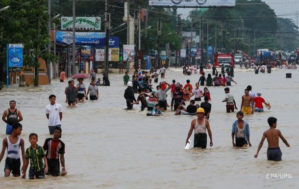 У М янмі через повені евакуювали понад 50 тисяч людей