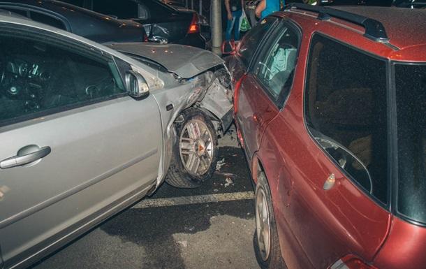 У Києві п яний водій розбив сім автомобілів