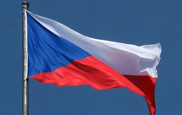 МЗС протестує проти візитів чеських депутатів до Криму