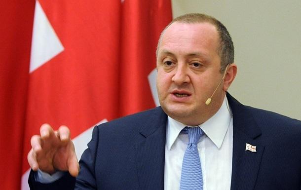 Президента Грузії оштрафували за куріння в американському готелі