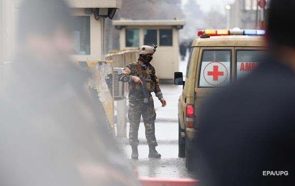 В Афганістані захопили десятки заручників в урядовій будівлі