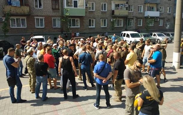 Вбивство активіста в Бердянську: під стінами мерії зібрався мітинг