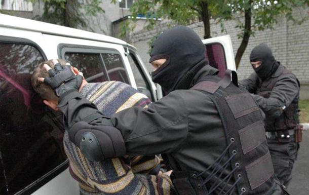 У Житомирі затримали ув язненого, який втік через вікно туалету