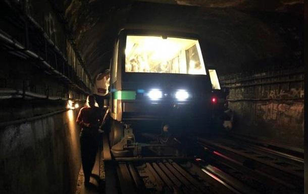 У паризькому метро через збій зупинилися потяги