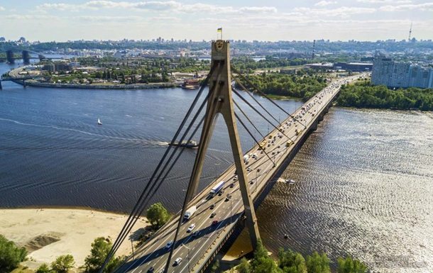 У Києві обмежать рух на Північному мосту