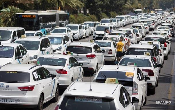 У Мадриді і Барселоні закінчився страйк таксистів проти Uber