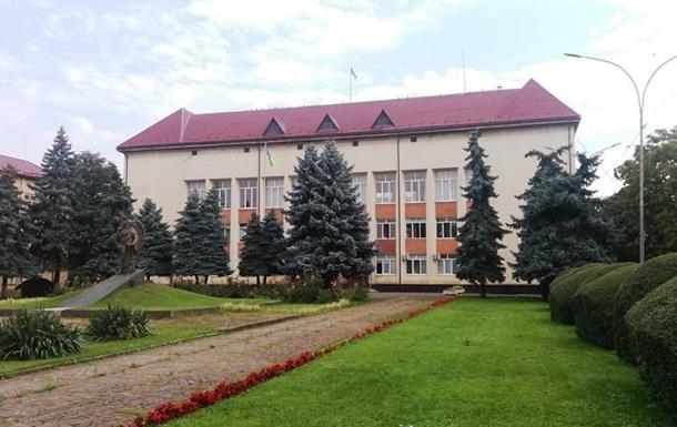 Главу района на Закарпатье поймали на взятке - СМИ