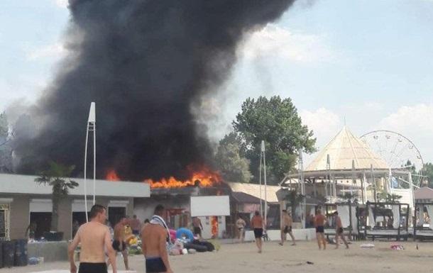 У торгових рядах Коблевого сталася масштабна пожежа