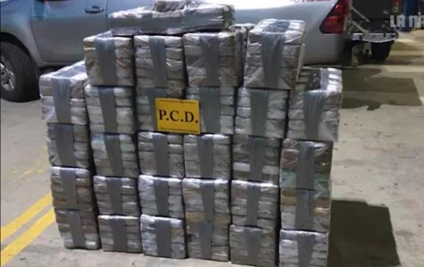 У Коста-Ріці затримали судно з двома тоннами кокаїну