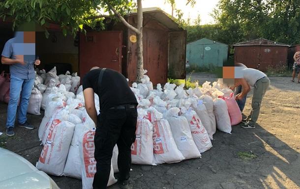 На Донеччині в наркодилерів вилучили 75 тонн опійного маку