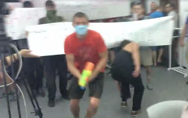 В Киеве напали на пресс-центр информагентства