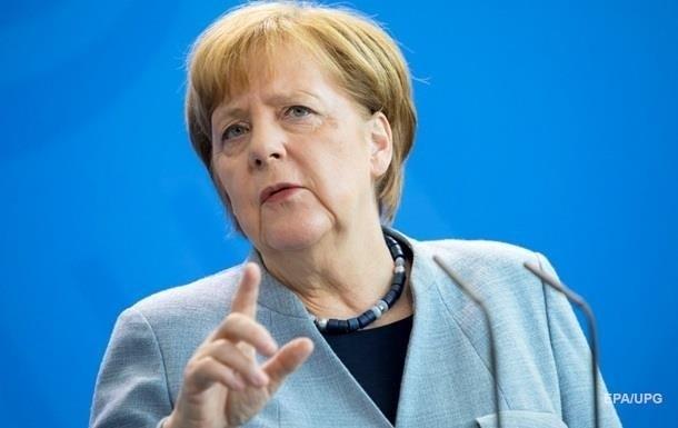 В партии Меркель потребовали ее отставки